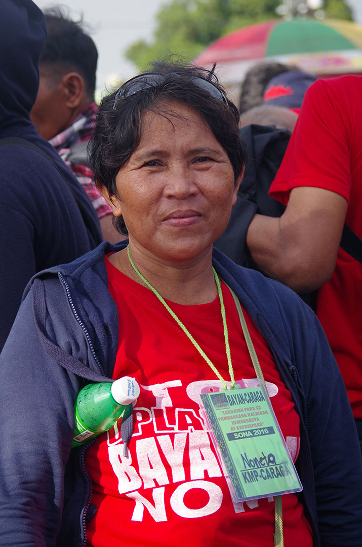 Noneta Campos from Marihatag, Surigao del Sur calls on Duterte to increase the prices of agricultural products. (Photo by Fred Dabu / Bulatlat)