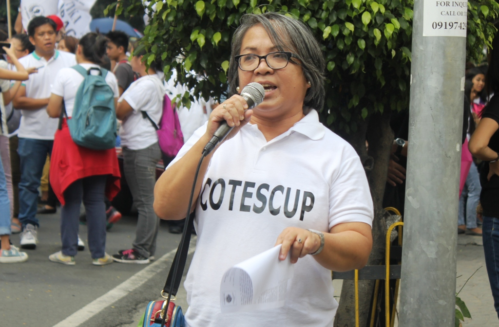 BULATLAT FILE PHOTO. Renowned poet and literature professor Rebecca Añonuevo during a protest action in the Supreme Court last February. She has been teaching in Miriam College for the past 19 years. (Photo by A. Umil/ Bulatlat)