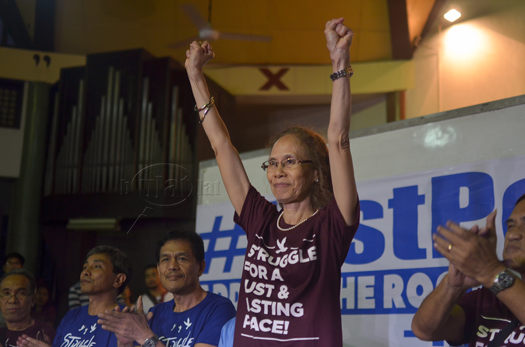 Ma. Concepcion Araneta-Bocala greets supporters during a press conference Aug. 18 at St. Andrew's Theological Seminary in Quezon City. (Photo by Loi Manalansan / Bulatlat)