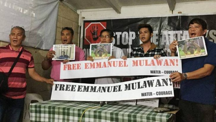 Gov't employees call for release of detained colleague