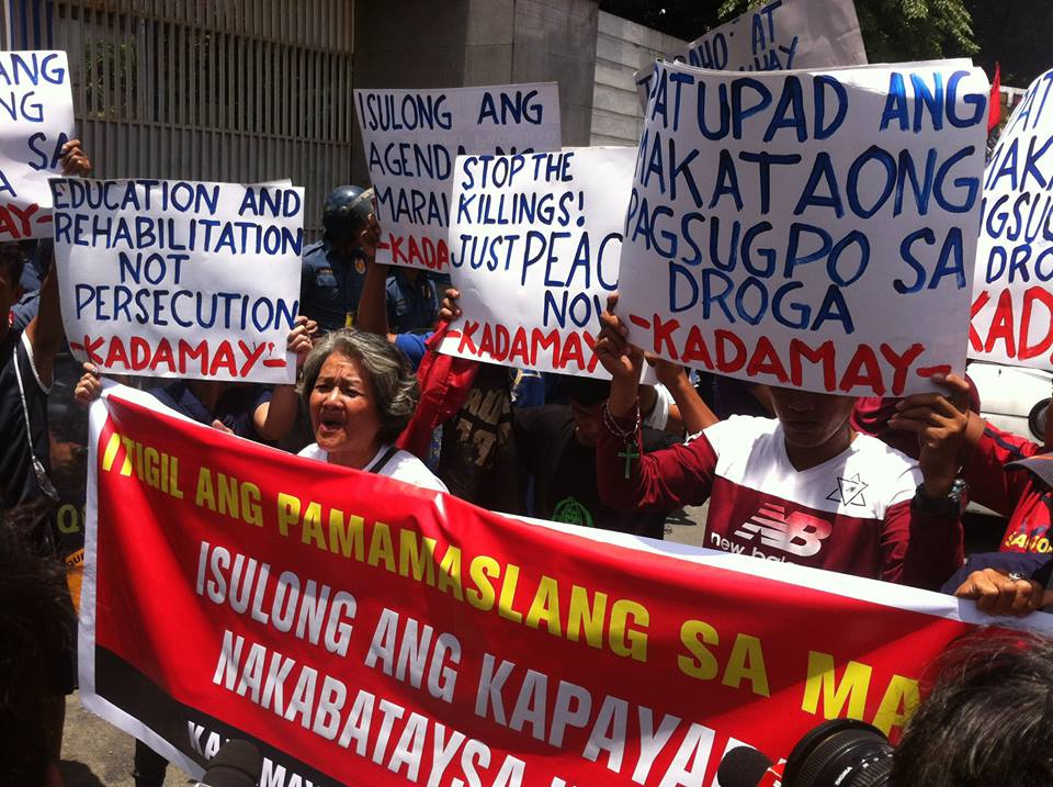 Urban poor group holds protest against spate of drug-related killings. (Photo courtesy of Kadamay)