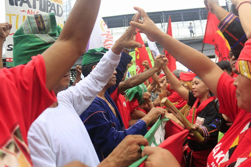 Lumads and Moros of Mindanao contingent meet up with Mangyans and Dumagats of Southern Tagalog in Calamba City, Laguna on Oct. 12. (Photo by Kitanglad Multimedia Collective)