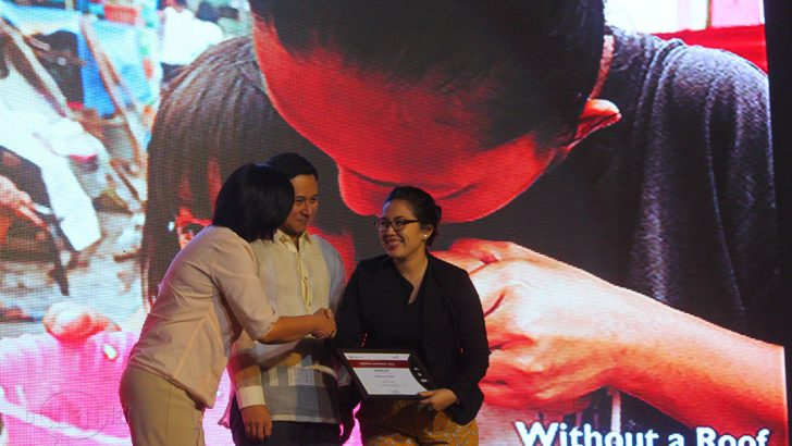 Bulatlat finalist in 2016 Save the Children Media Awards