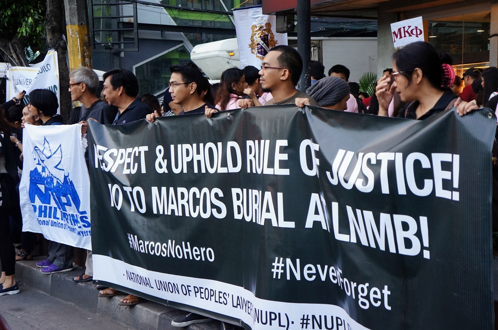 no-to-marcos-hero-burial-black-to-block-byjonasalpasan-4