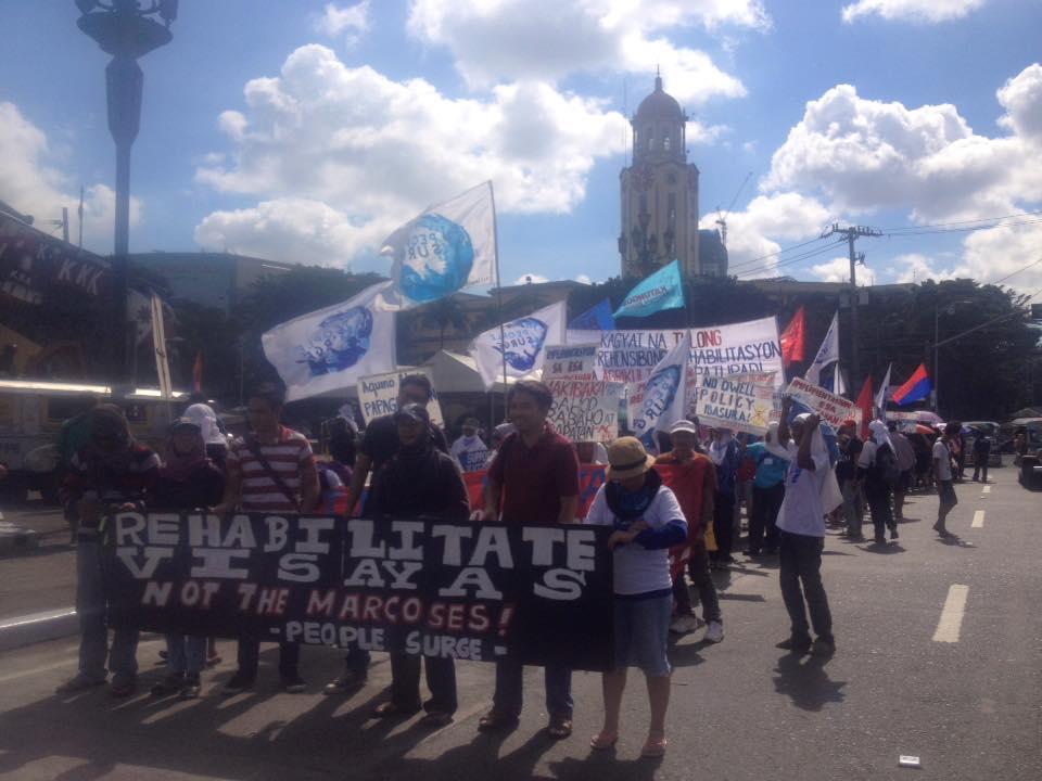Tindog Visayas Lakbayan march with Metro Manila-based progressives from the Bonifacio Shrine (Photo courtesy of Kathy Yamzon)