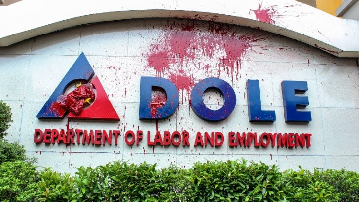 Yearender 2016 | Labor sector yet to see the end of contractualization, cheap wage policy