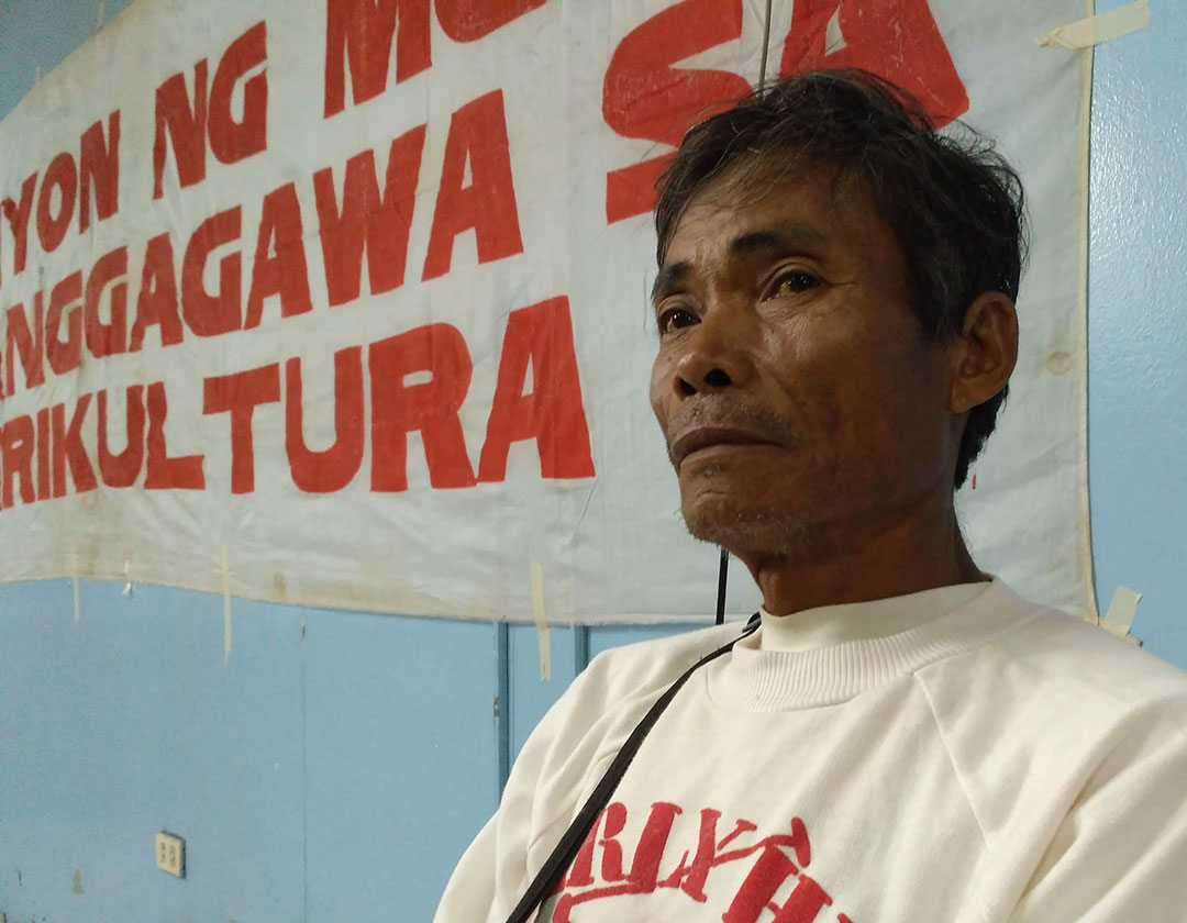 Mario Bagnaran, one of the sakadas who worked in Hacienda Luisita, vows to seek justice. (Photo by Ronalyn V. Olea / Bulatlat)