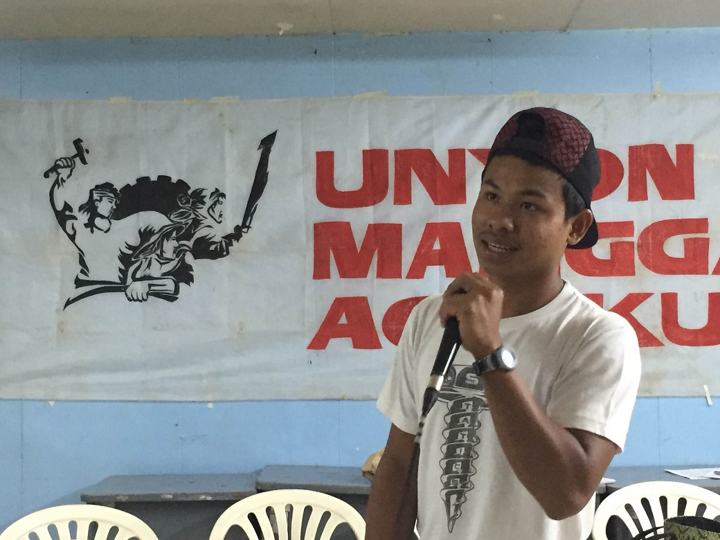 Bart Clinton Macadenden giving testimony of their experience in Luisita as sacadas. (Photo by Amihan Mabalay/Bulatlat)