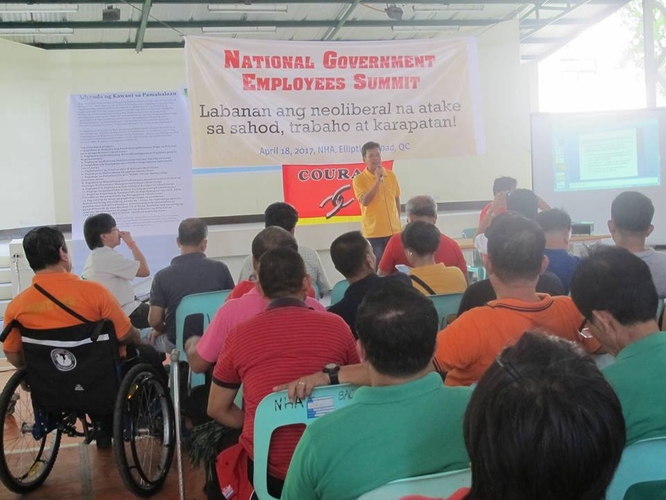 Manuel Baclagon, Social Welfare Employees Association of the Philippines speaking during the national government employees' summit on April 18. (Contributed photo)