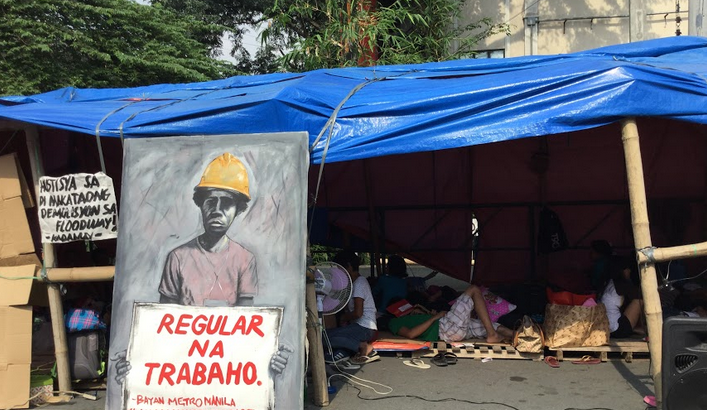 Faced with uncertainties, evicted Pasig Floodway urban poor set-up 'homeless camp' in Mendiola