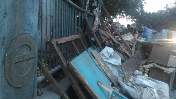 Pasig local gov't demolish urban poor homes in East Bank Floodway