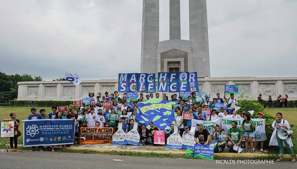 'March for Science, Environment, and the People' held at the Quezon City Memorial Circle on April 2017. Photo: Efren Ricalde
