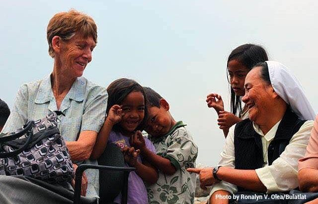 Immigration agents arrest Aussie nun active in human rights work in the Philippines