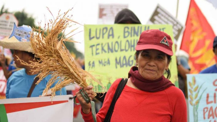 Farmers shun Duterte's policies on agriculture, land use