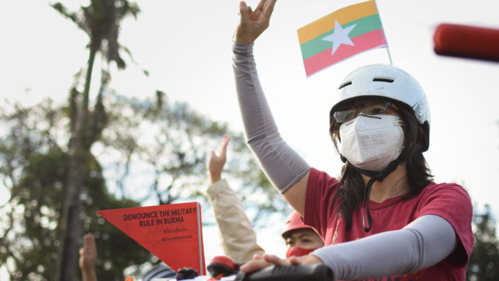 Filipinos bike for Myanmar's democracy