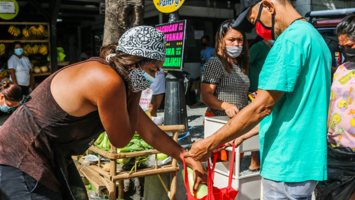 Community Pantry Ph: Hugpungan ng ginhawa at pag-iral ng use value