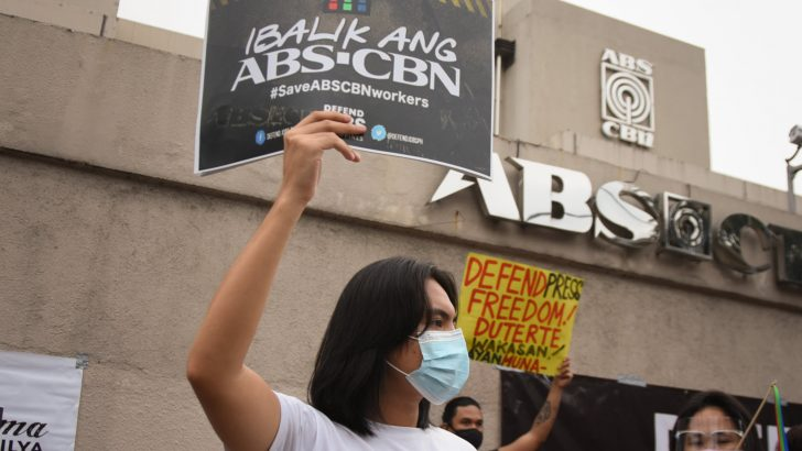 'Duterte cannot wash hands over killing of ABS-CBN franchise'